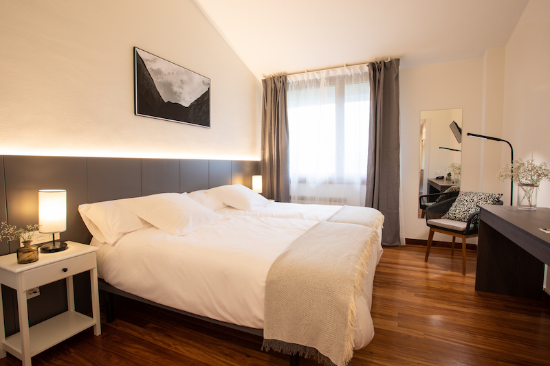 soraluze hotela oñati Euskal Herria logela